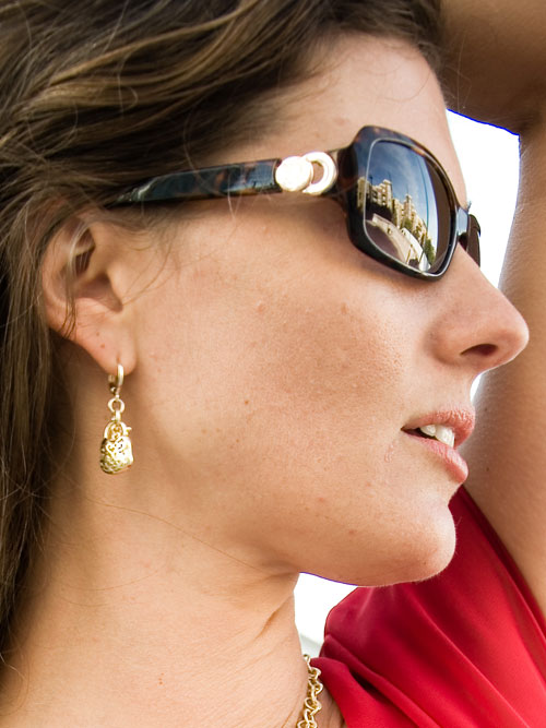 alma and co rose gold plated earrings