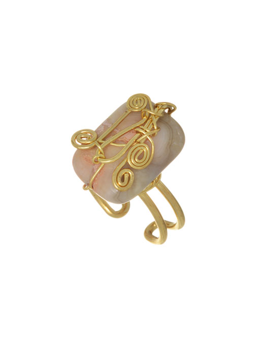 alma and co light peach stone ring