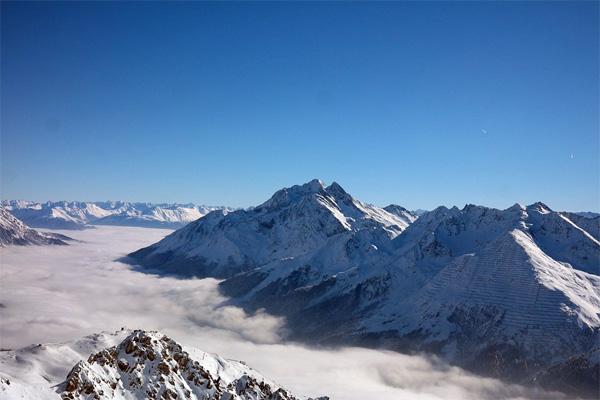 snow-mountains-peak